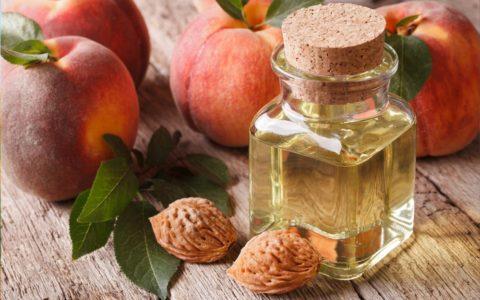 olej brzoskwiniowy - właściwości i zastosowanie w kosmetyce - sanaja