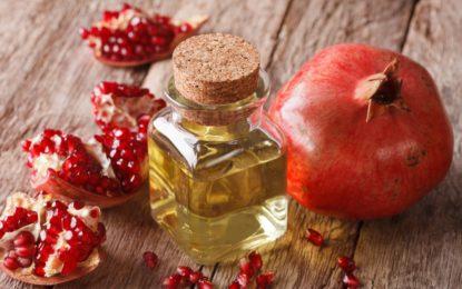 olej z pestek granatu - właściwości i zastosowanie w kosmetyce - sanaja